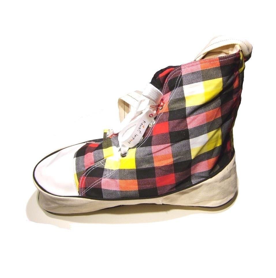 lilla japan shoulder bag sneakers checkered yellow